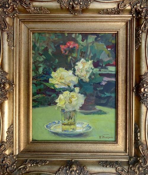 Николай Павлович Толкунов «Белые розы»  Картон, масло. 1960-е годы, 36см x 28см