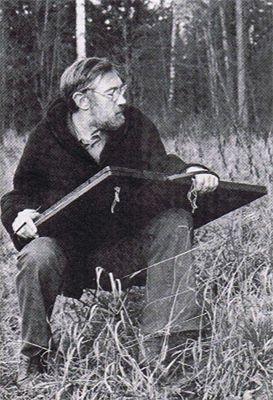 Май Петрович Митурич на этюдах. 1981 год