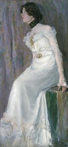 А.И. Вахрамеев. Портрет молодой женщины в белом платье. Начало ХХ века. Холст, масло. 141 х 66 см