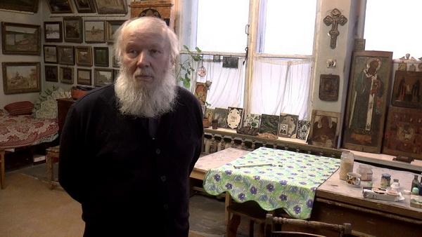 Художник Цыплаков-Таёжный Григорий Викторович у себя в мастерской в Москве на Верхней Масловке.