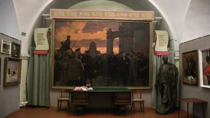 Картина А.И. Плотнова «Зимний взят» в Данковской картинной галерее (Липецкая область)